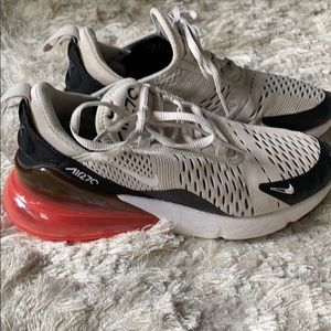 Nike women's Air Max 270 size 6.5